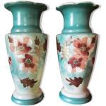 Paire de vases en opaline émaillée motifs floraux 1900s