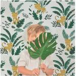 Papier peint tropical guepard et feuillages fond sombre