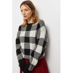Pull à carreaux contenant de la laine