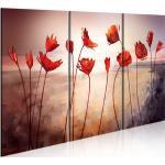 Décorations rouges à motif fleurs
